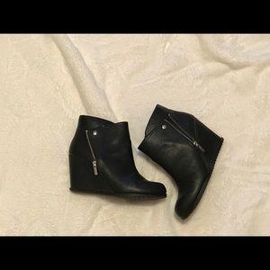 Black Wedge Booties With Side Zipper 🔥